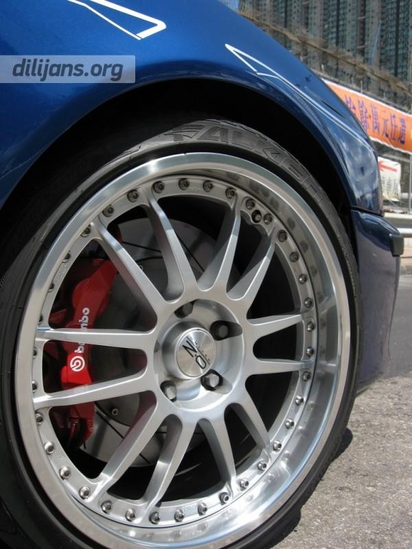 Диски OZ Racing SUPERLEGGERA III