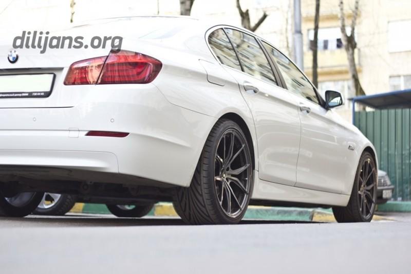 диски Vindeta Rizzo на машине BMW F10