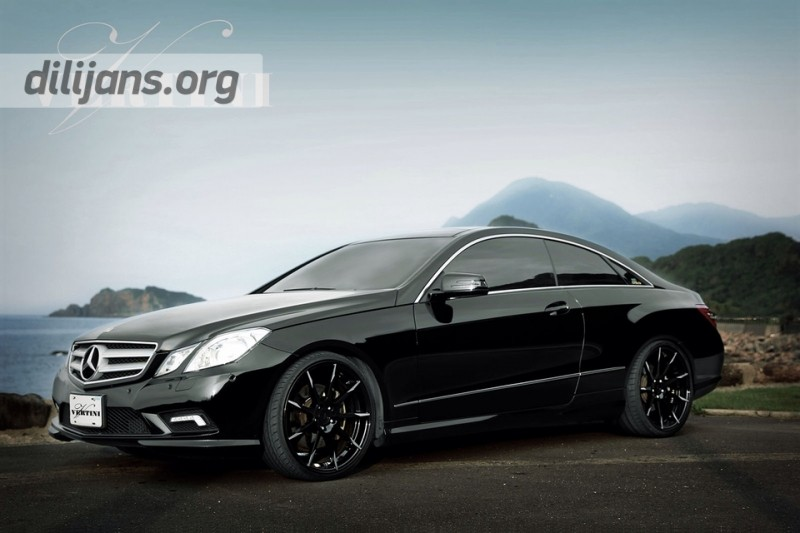 диски Vertini Flying Black R20 на Mercedes Benz E550 Coupe