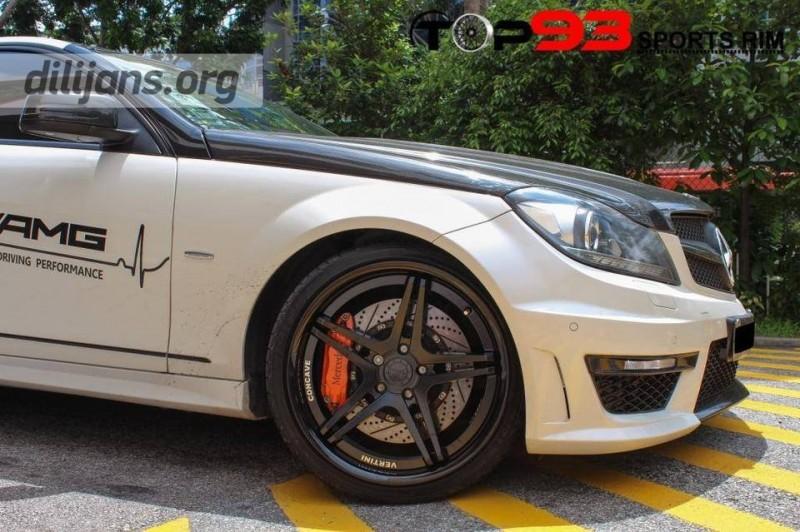диски Vertini Monaco Matte Black на Mercedes Benz C63 AMG