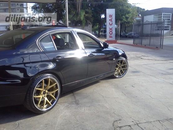диски Giovanna Monza Gold на BMW M3
